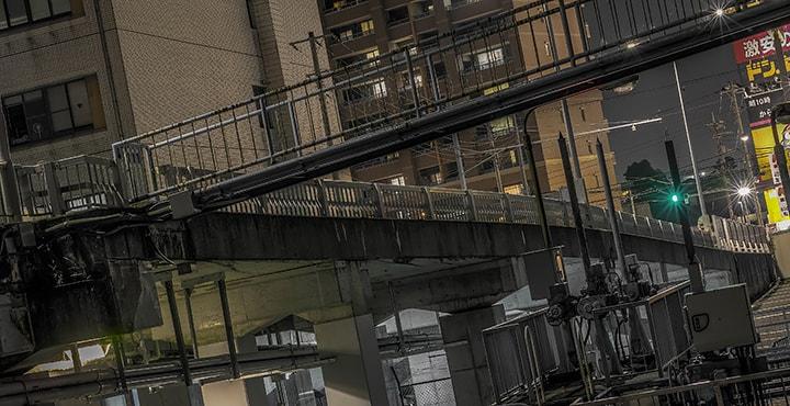 高架下からのHSR写真