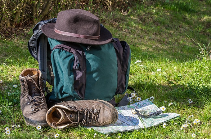 ハイキングに必要な装備品