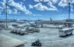 fujifil XF10 HDR 沖縄空港