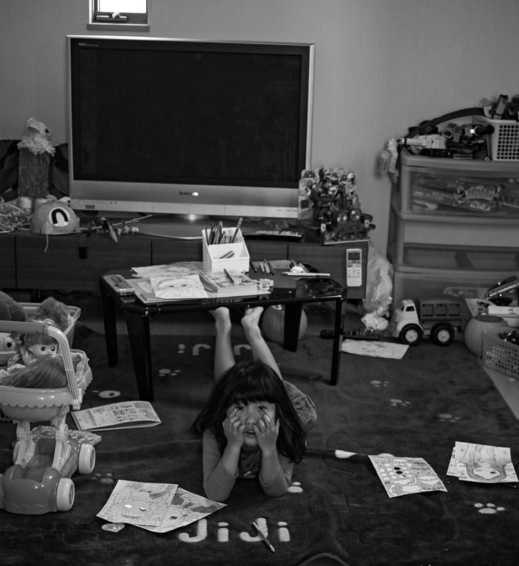 dp2 Quattro モノクロ写真 子供部屋
